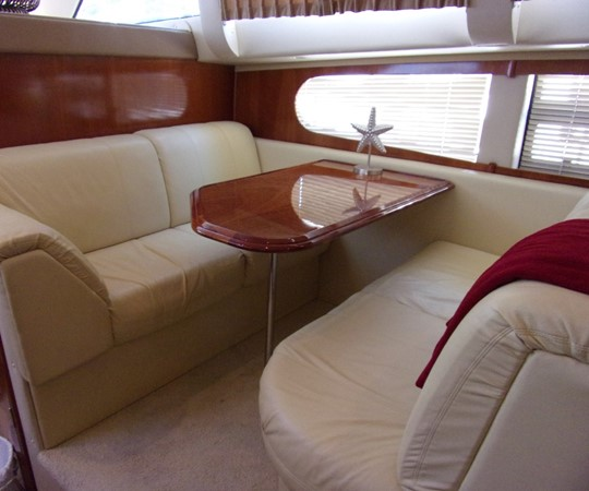 2004 CARVER 466 Carver Aft Cabin Motor Yacht 2604414