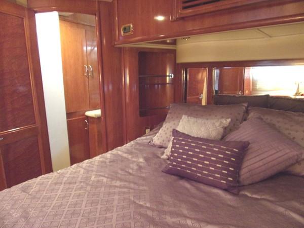 2004 CARVER 466 Carver Aft Cabin Motor Yacht 2604415