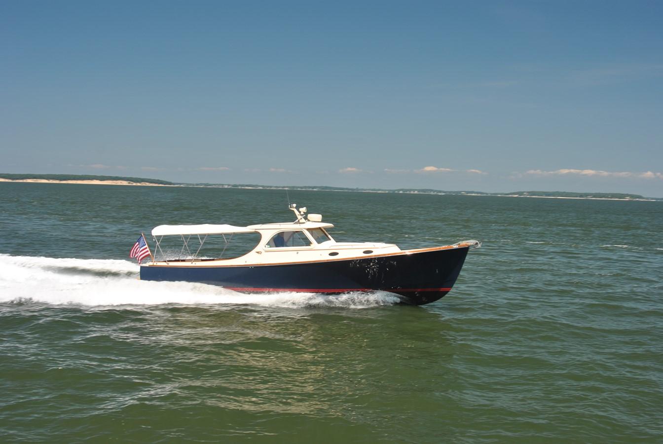 Cruising Speed 2 1996 HINCKLEY Picnic Boat Motor Yacht 2604792