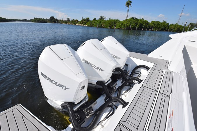Triple Mercury Outboards 2020 Cruisers Yachts 38 GLS Runabout 2692995