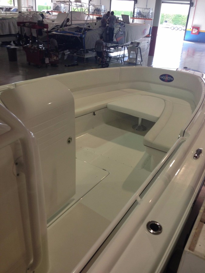 2012 CIGARETTE 39 TOP FISH Center Console 2605148