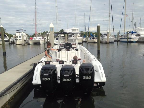2012 CIGARETTE 39 TOP FISH Center Console 2605147