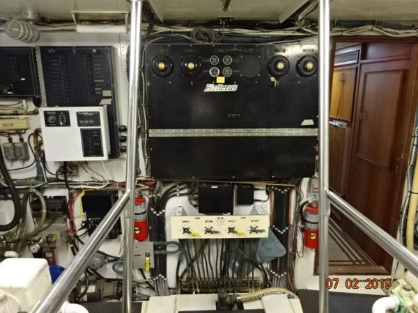 "1975 HATTERAS ""58"" LRC Trawler 2605681"