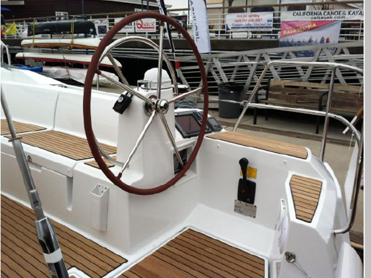 2019 JEANNEAU Sun Odyssey 519 Cruising Sailboat 2606903