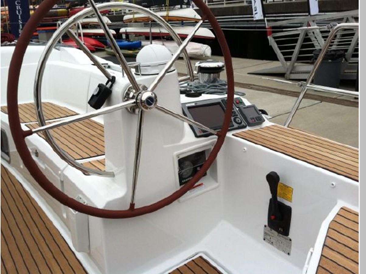 2019 JEANNEAU Sun Odyssey 519 Cruising Sailboat 2606914