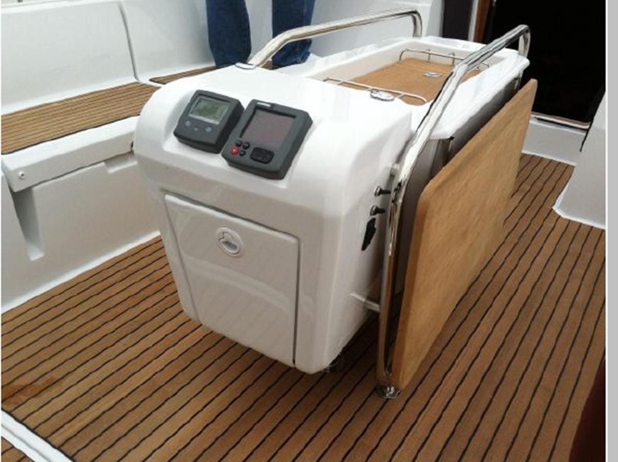 2019 JEANNEAU Sun Odyssey 519 Cruising Sailboat 2606915