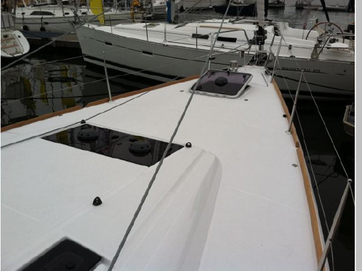 2019 JEANNEAU Sun Odyssey 519 Cruising Sailboat 2606922