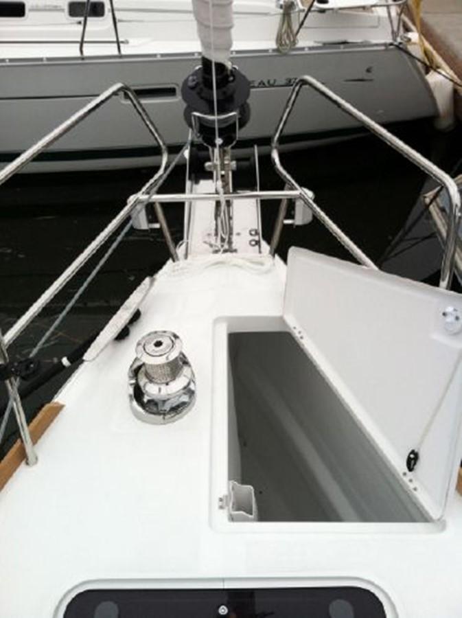 2019 JEANNEAU Sun Odyssey 519 Cruising Sailboat 2606927