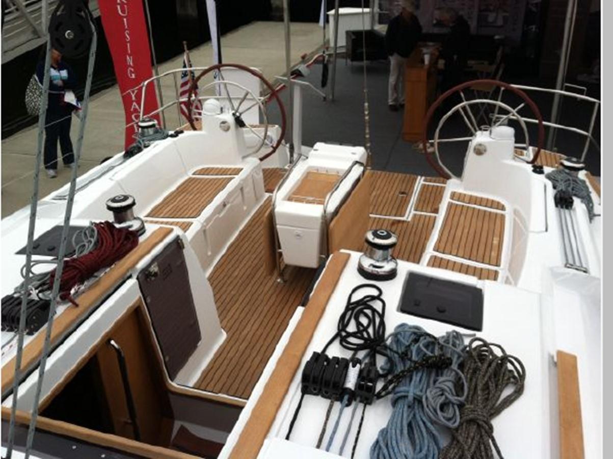 2019 JEANNEAU Sun Odyssey 519 Cruising Sailboat 2606935