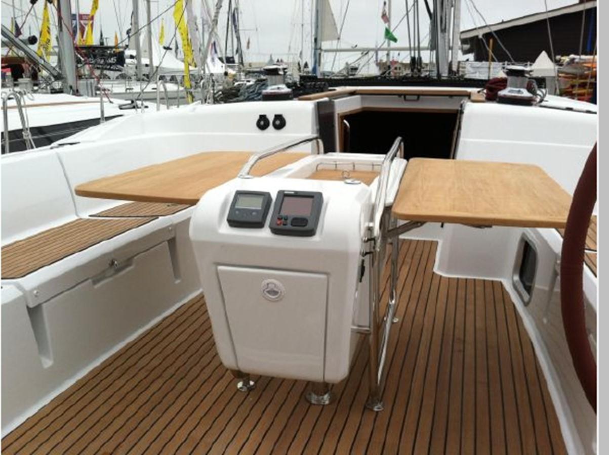 2019 JEANNEAU Sun Odyssey 519 Cruising Sailboat 2606941