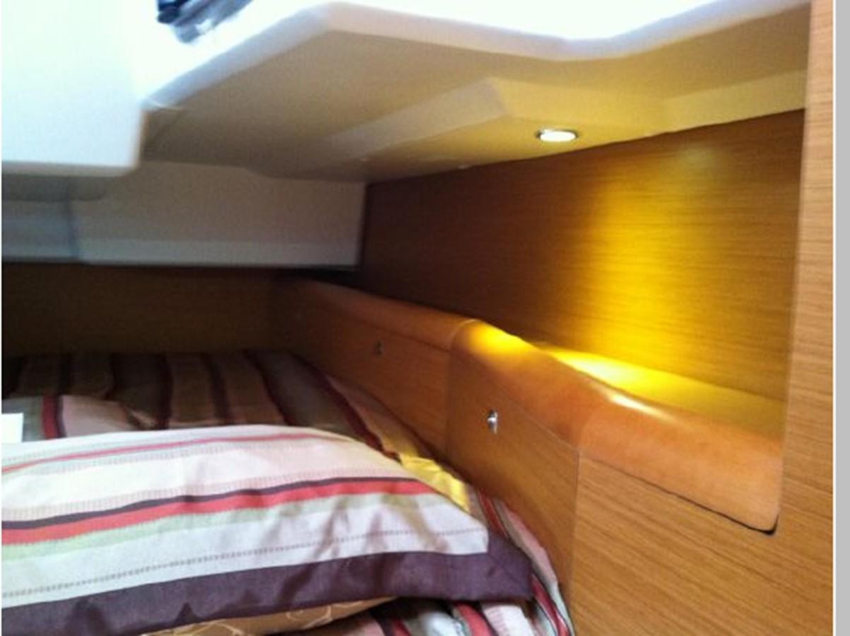 2019 JEANNEAU Sun Odyssey 519 Cruising Sailboat 2606966