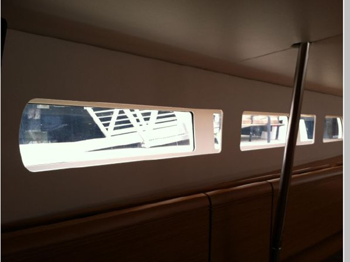 2019 JEANNEAU Sun Odyssey 519 Cruising Sailboat 2606987