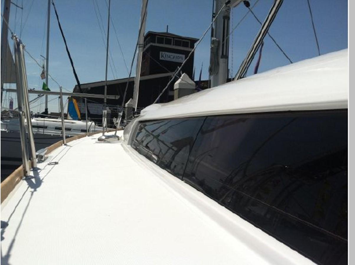 2019 JEANNEAU Sun Odyssey 519 Cruising Sailboat 2606994