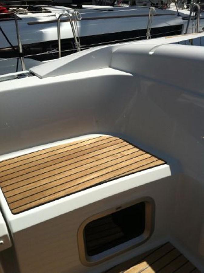2019 JEANNEAU Sun Odyssey 519 Cruising Sailboat 2607006