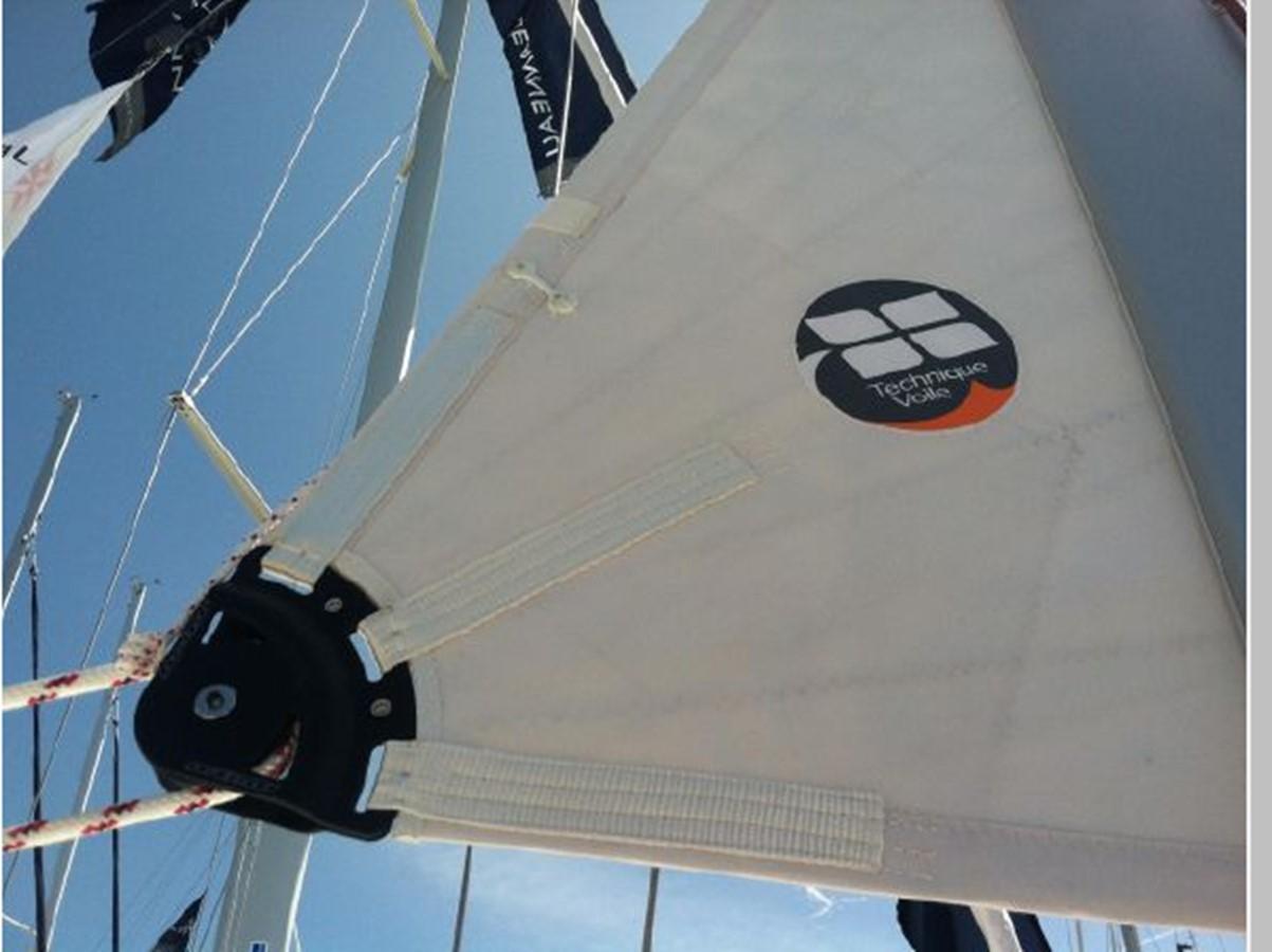 2019 JEANNEAU Sun Odyssey 519 Cruising Sailboat 2607009