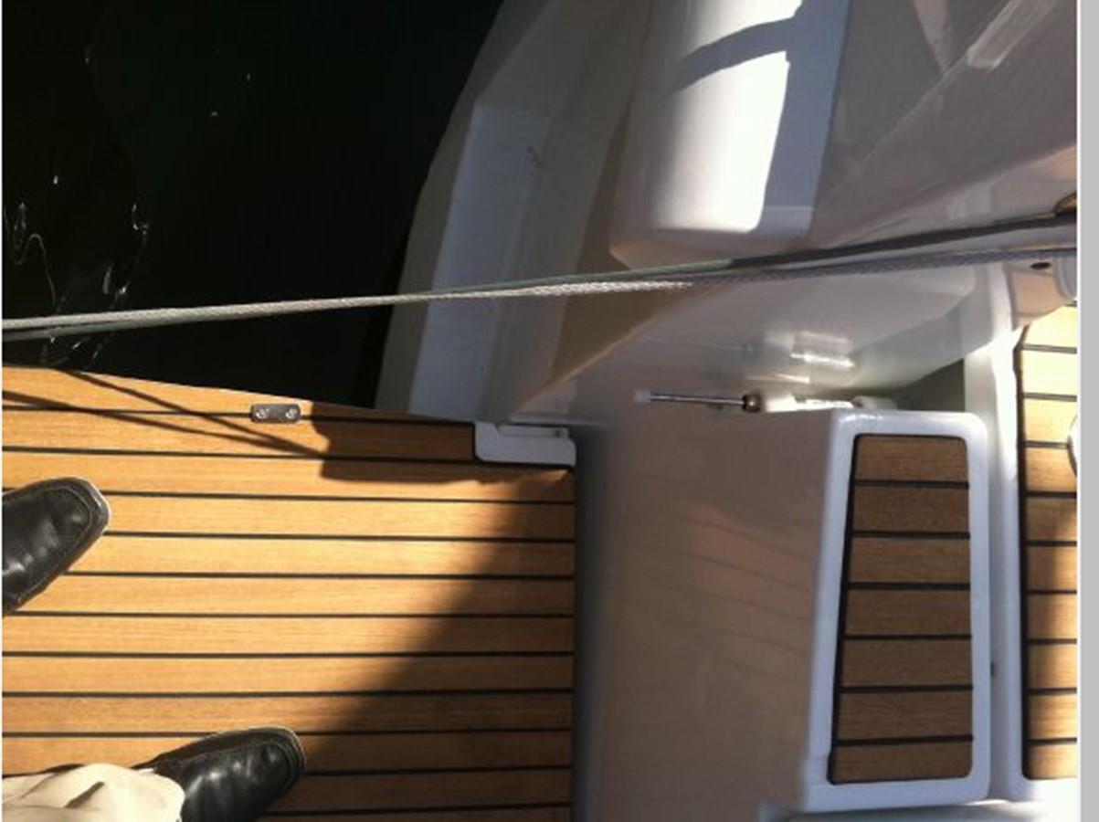 2019 JEANNEAU Sun Odyssey 519 Cruising Sailboat 2607019
