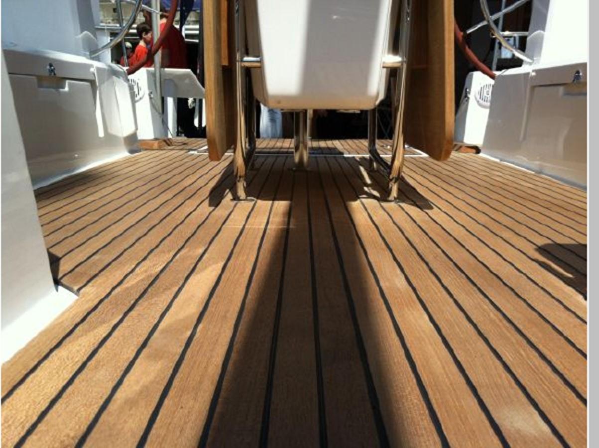 2019 JEANNEAU Sun Odyssey 519 Cruising Sailboat 2607056