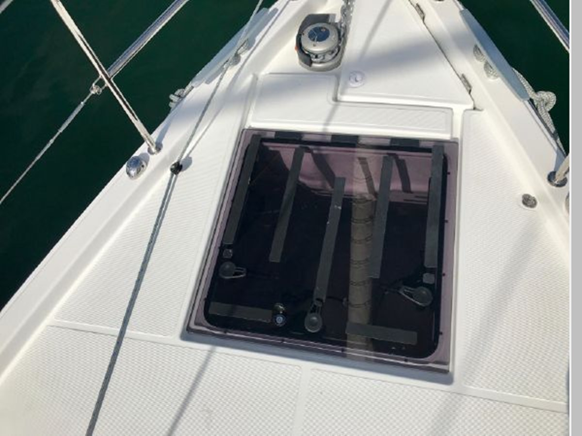 2019 JEANNEAU Sun Odyssey 490 Cruising Sailboat 2607069