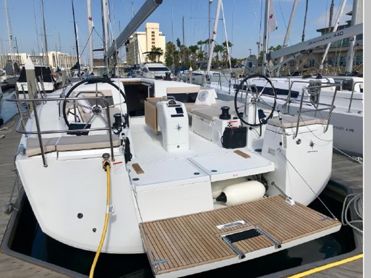 2019 JEANNEAU Sun Odyssey 490 Cruising Sailboat 2607078