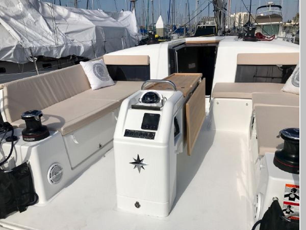 2019 JEANNEAU Sun Odyssey 490 Cruising Sailboat 2607082