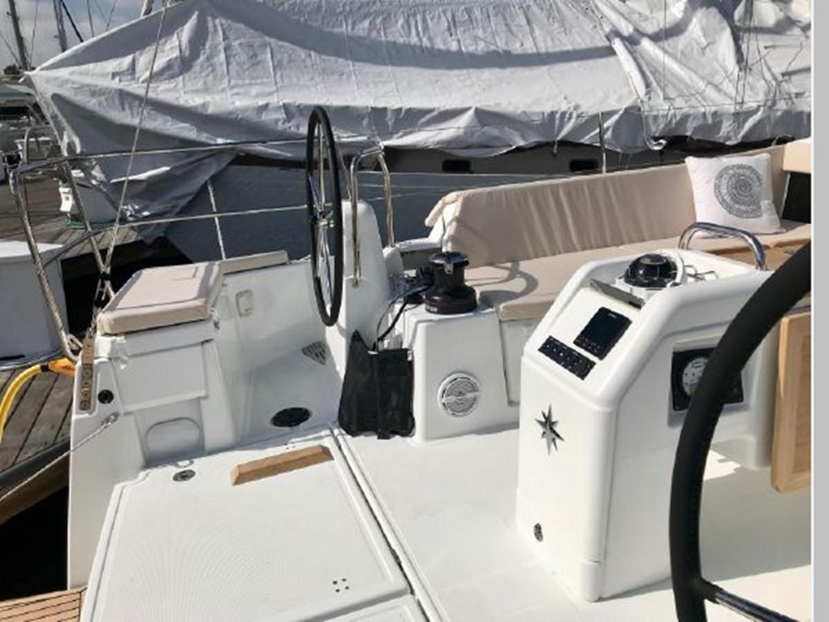 2019 JEANNEAU Sun Odyssey 490 Cruising Sailboat 2607090
