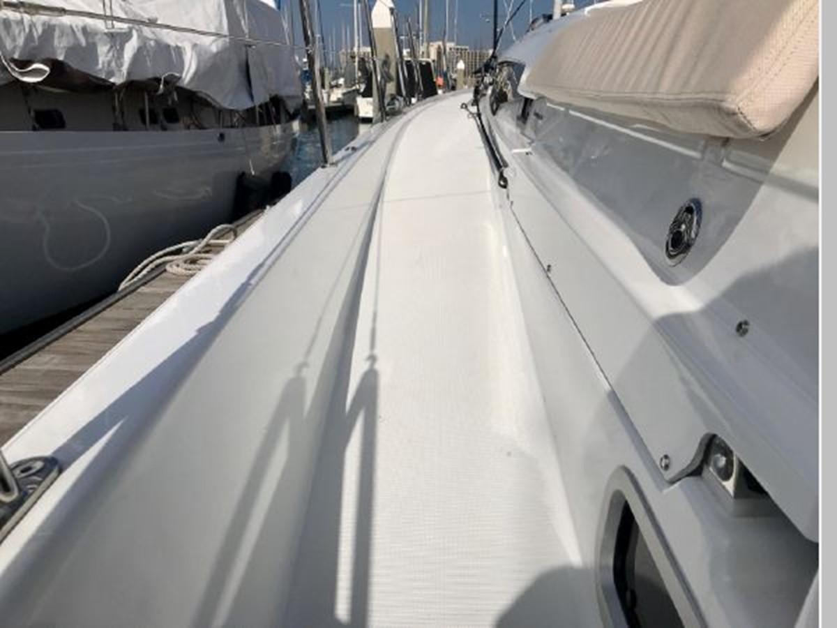 2019 JEANNEAU Sun Odyssey 490 Cruising Sailboat 2607093