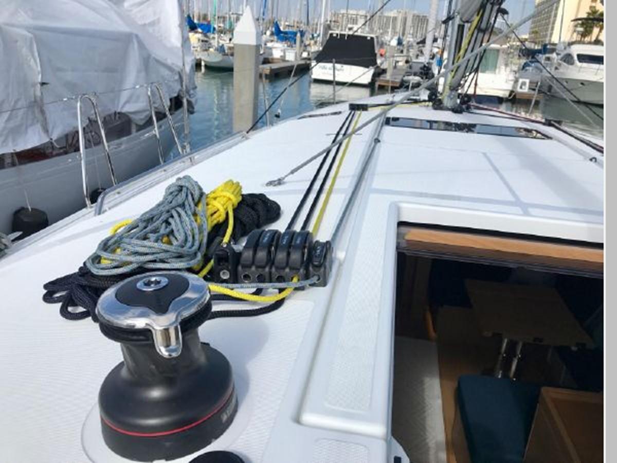 2019 JEANNEAU Sun Odyssey 490 Cruising Sailboat 2607103