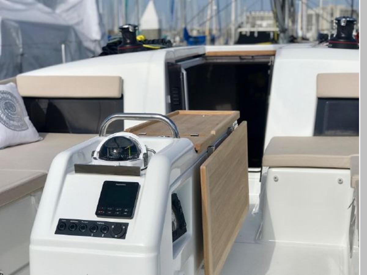 2019 JEANNEAU Sun Odyssey 490 Cruising Sailboat 2607105