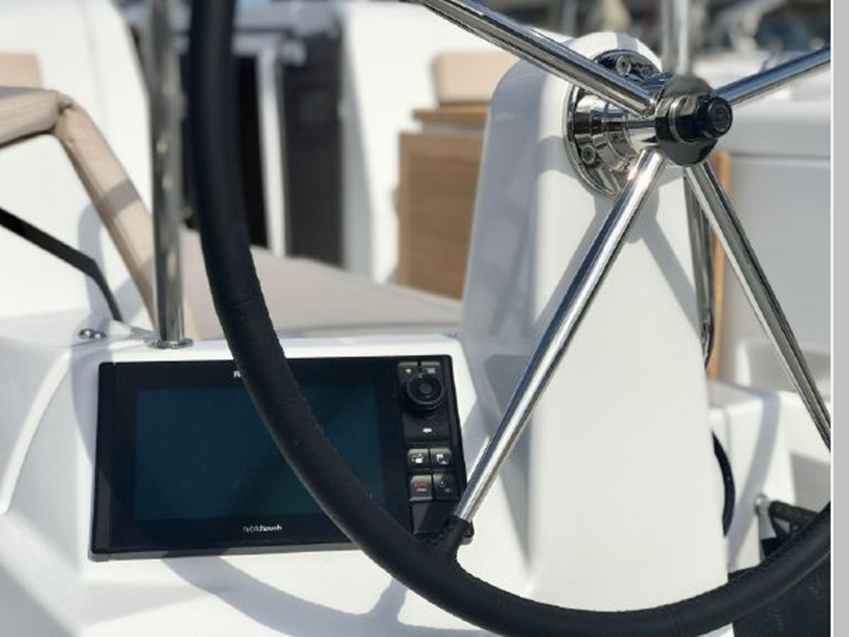 2019 JEANNEAU Sun Odyssey 490 Cruising Sailboat 2607106