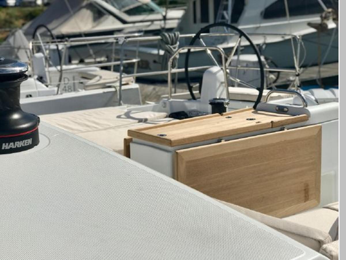 2019 JEANNEAU Sun Odyssey 490 Cruising Sailboat 2607108