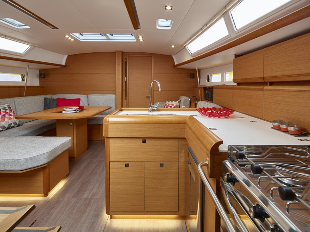 2020 JEANNEAU 479 Sun Odyssey Cruising Sailboat 2607186