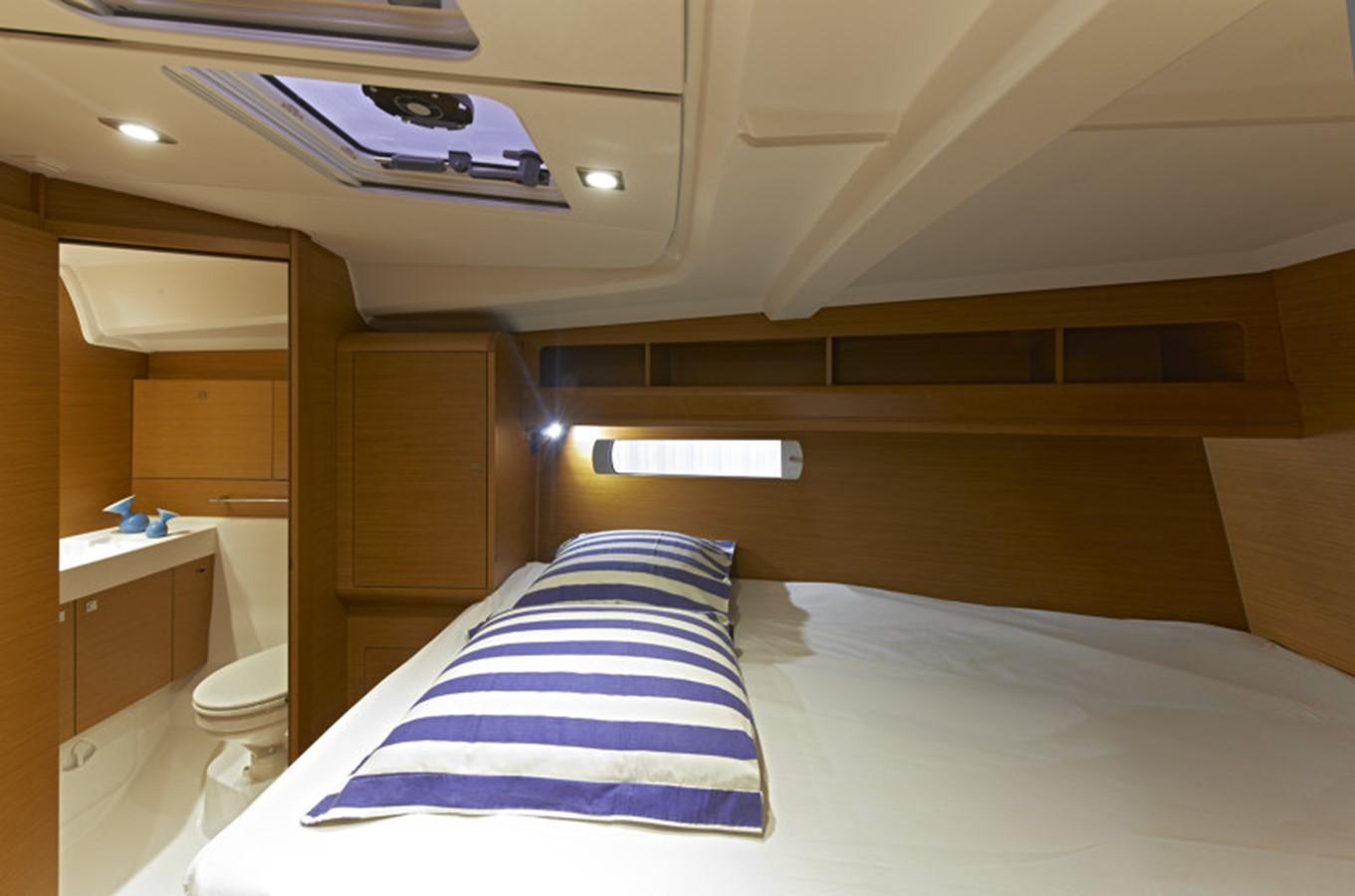 2020 JEANNEAU 479 Sun Odyssey Cruising Sailboat 2607195