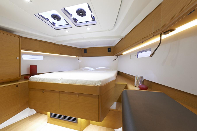 2020 JEANNEAU 479 Sun Odyssey Cruising Sailboat 2607199