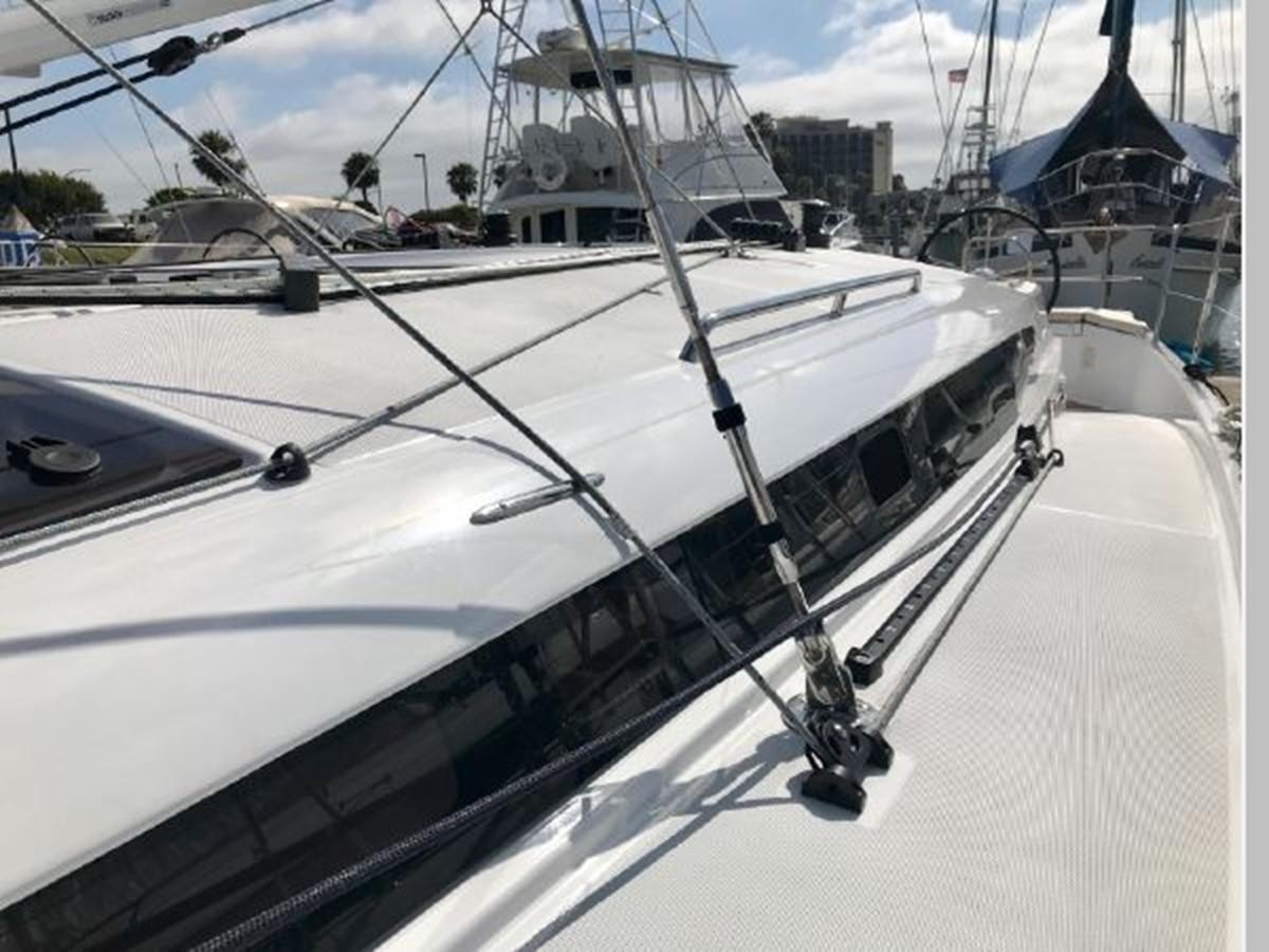 2019 JEANNEAU Sun Odyssey 440 Cruising Sailboat 2607241