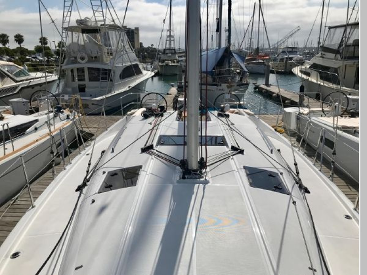 2019 JEANNEAU Sun Odyssey 440 Cruising Sailboat 2607243