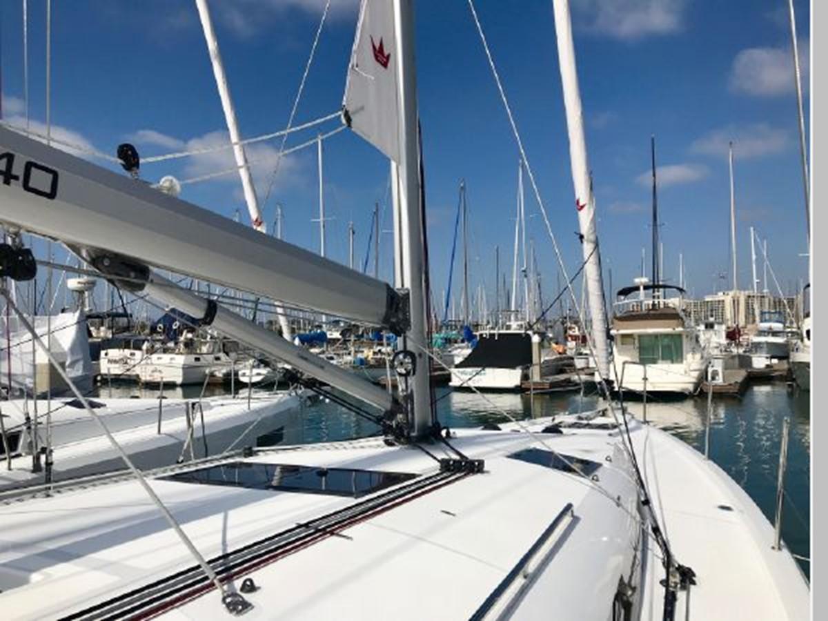 2019 JEANNEAU Sun Odyssey 440 Cruising Sailboat 2607246