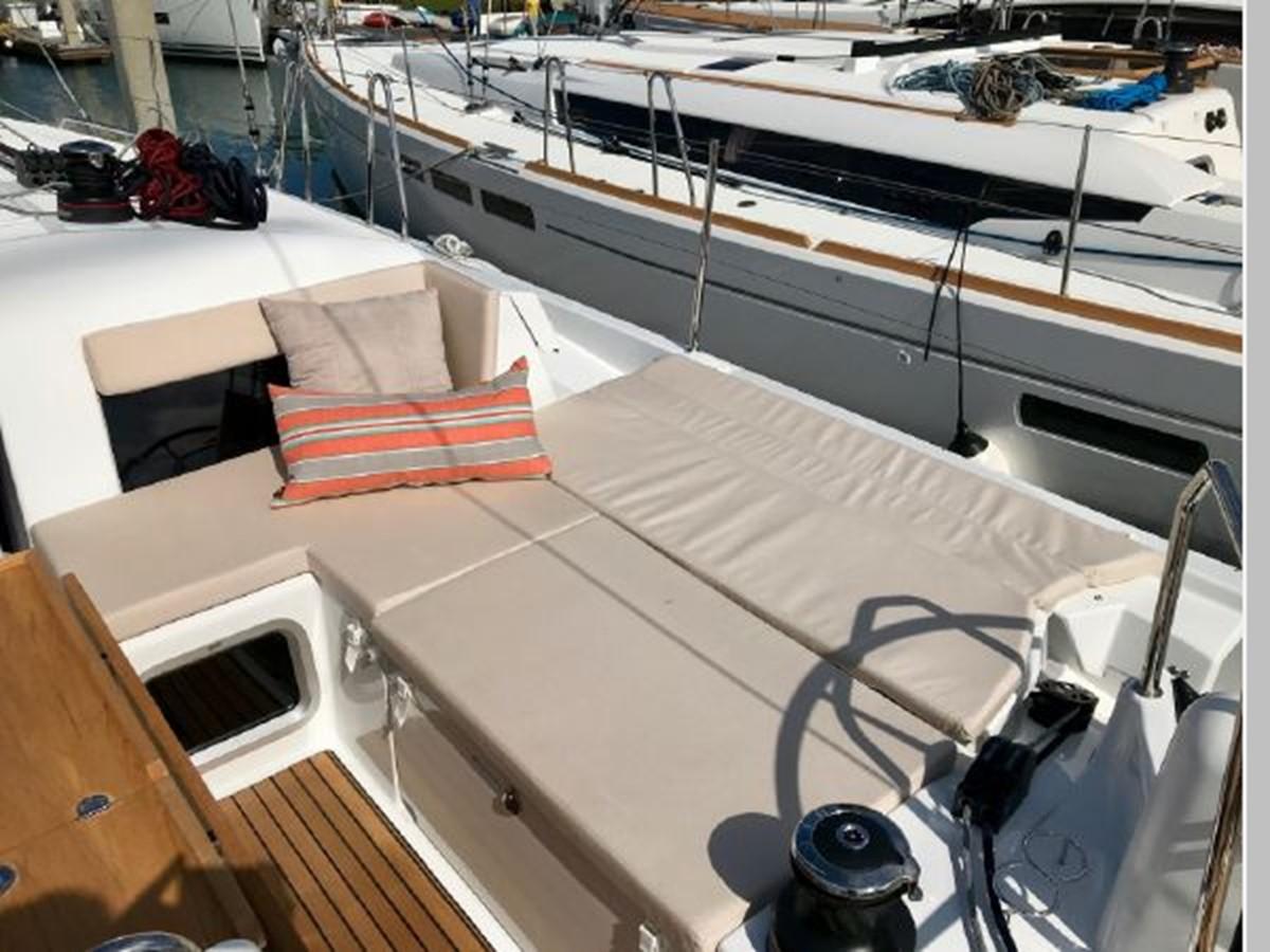 2019 JEANNEAU Sun Odyssey 440 Cruising Sailboat 2607270