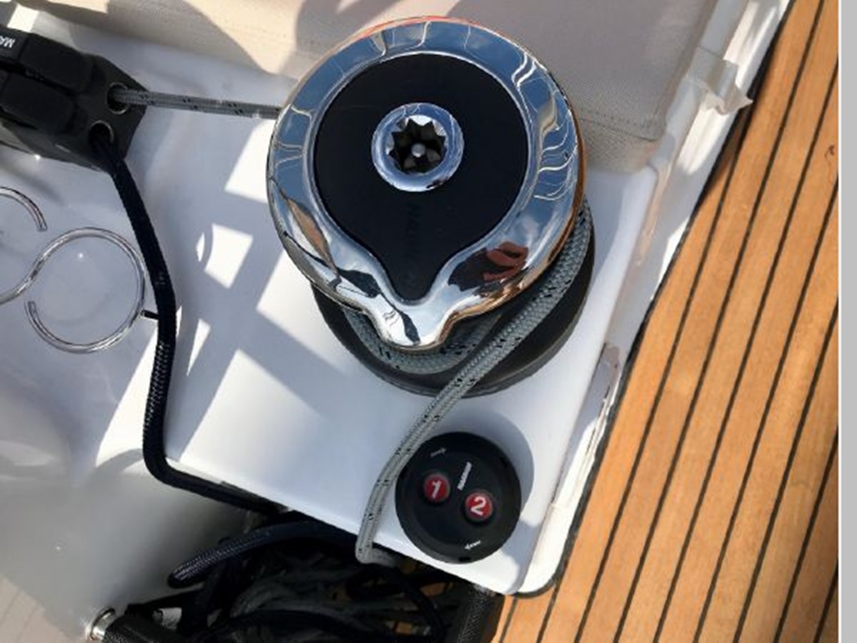 2019 JEANNEAU Sun Odyssey 440 Cruising Sailboat 2607274