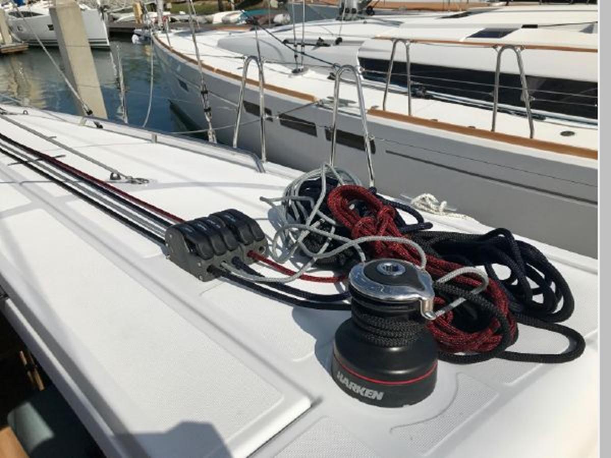 2019 JEANNEAU Sun Odyssey 440 Cruising Sailboat 2607277