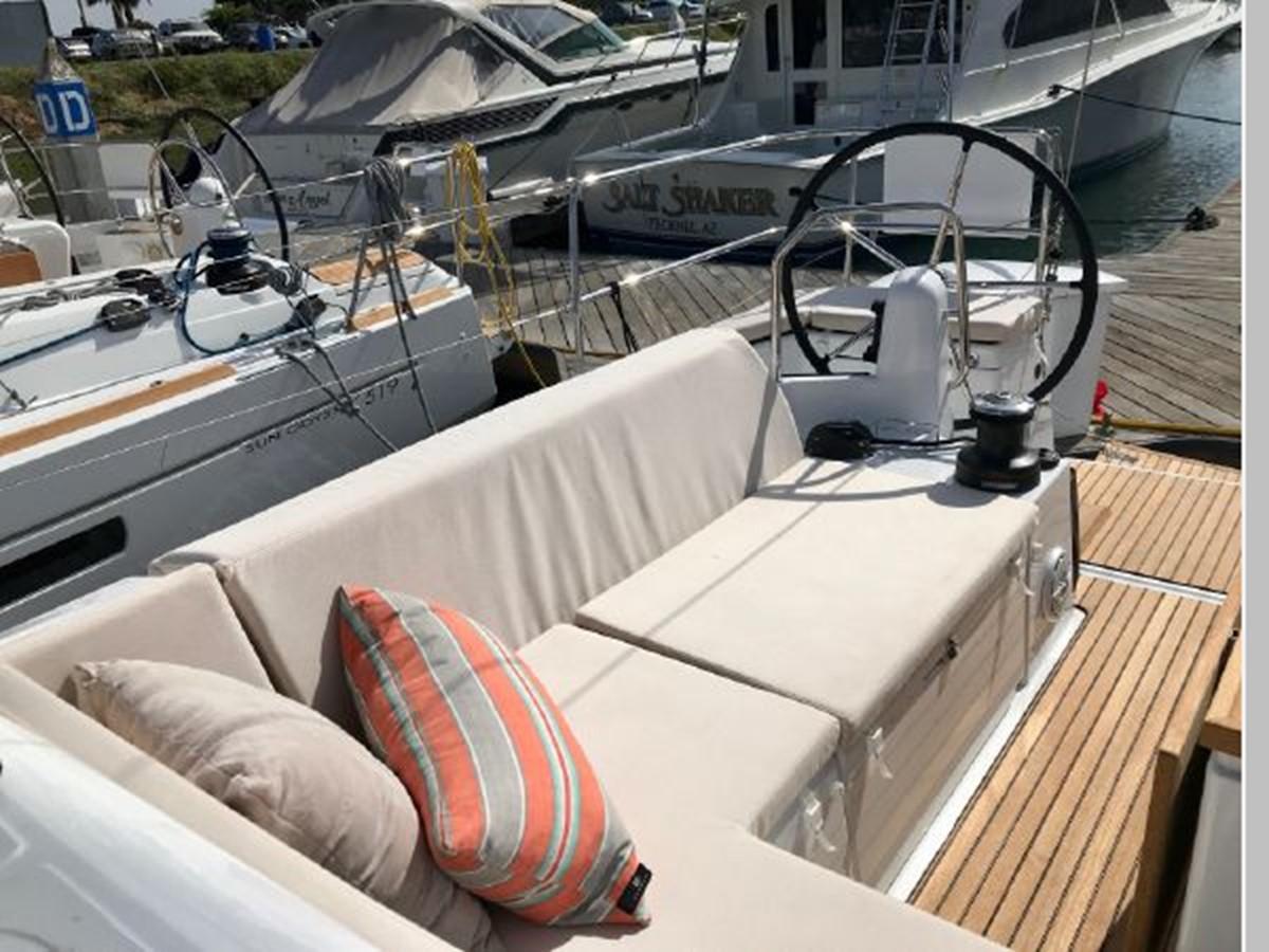 2019 JEANNEAU Sun Odyssey 440 Cruising Sailboat 2607280