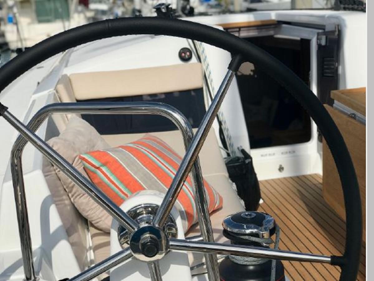 2019 JEANNEAU Sun Odyssey 440 Cruising Sailboat 2607283