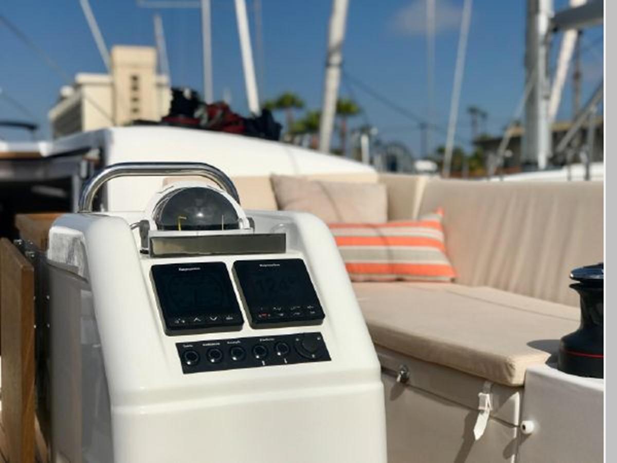 2019 JEANNEAU Sun Odyssey 440 Cruising Sailboat 2607284