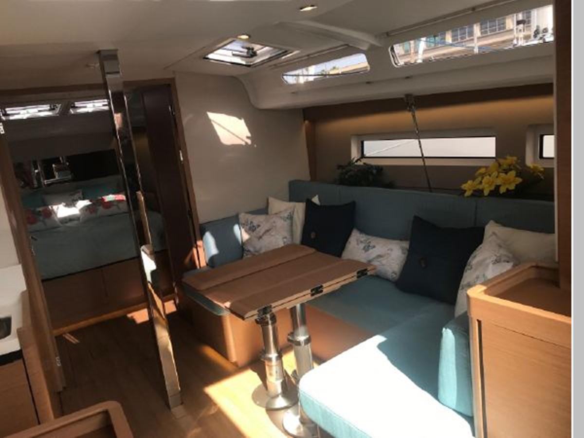 2019 JEANNEAU Sun Odyssey 440 Cruising Sailboat 2607312