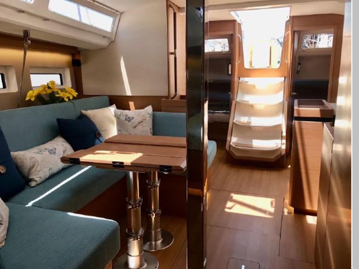 2019 JEANNEAU Sun Odyssey 440 Cruising Sailboat 2607313