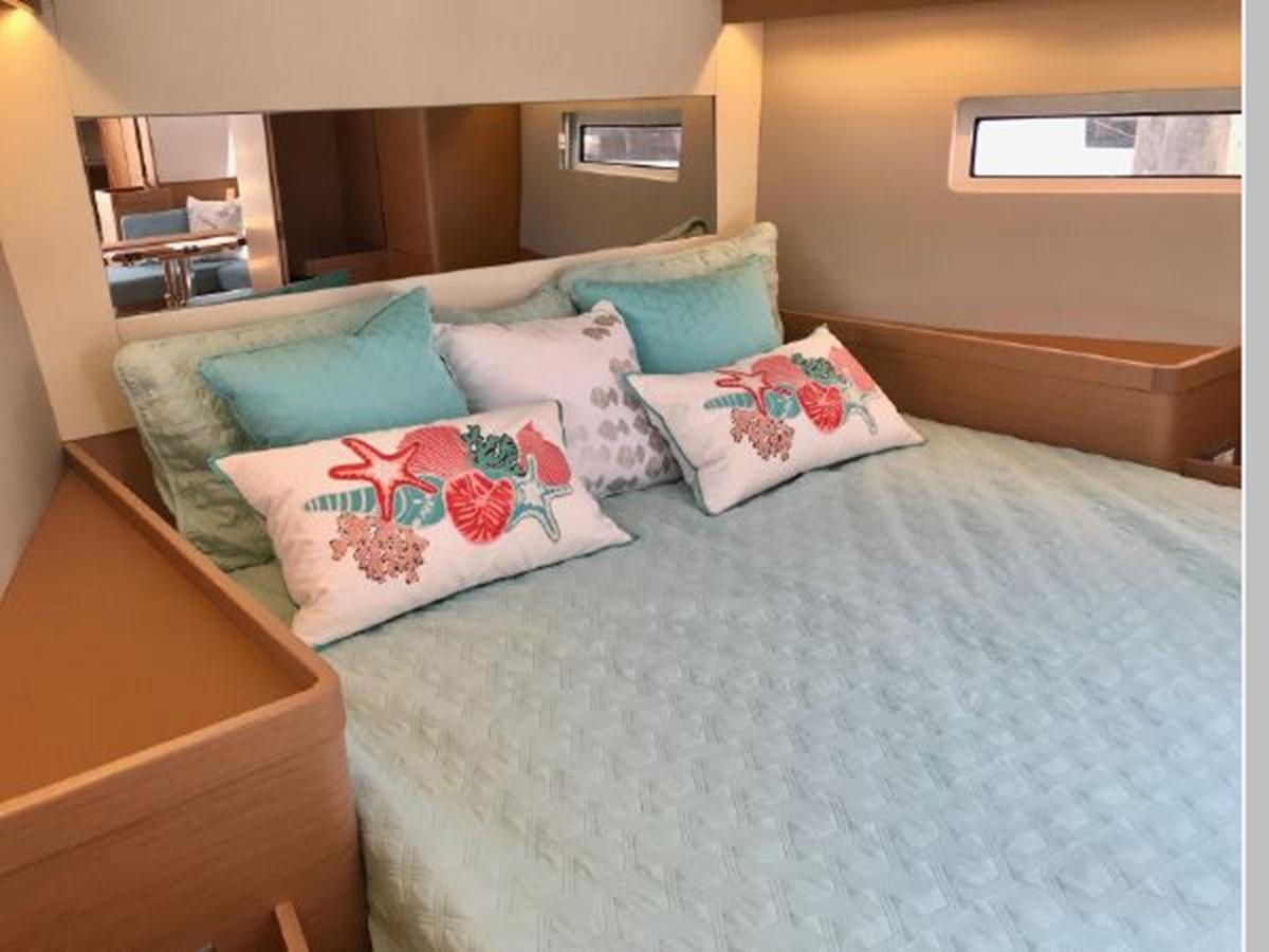 2019 JEANNEAU Sun Odyssey 440 Cruising Sailboat 2607327