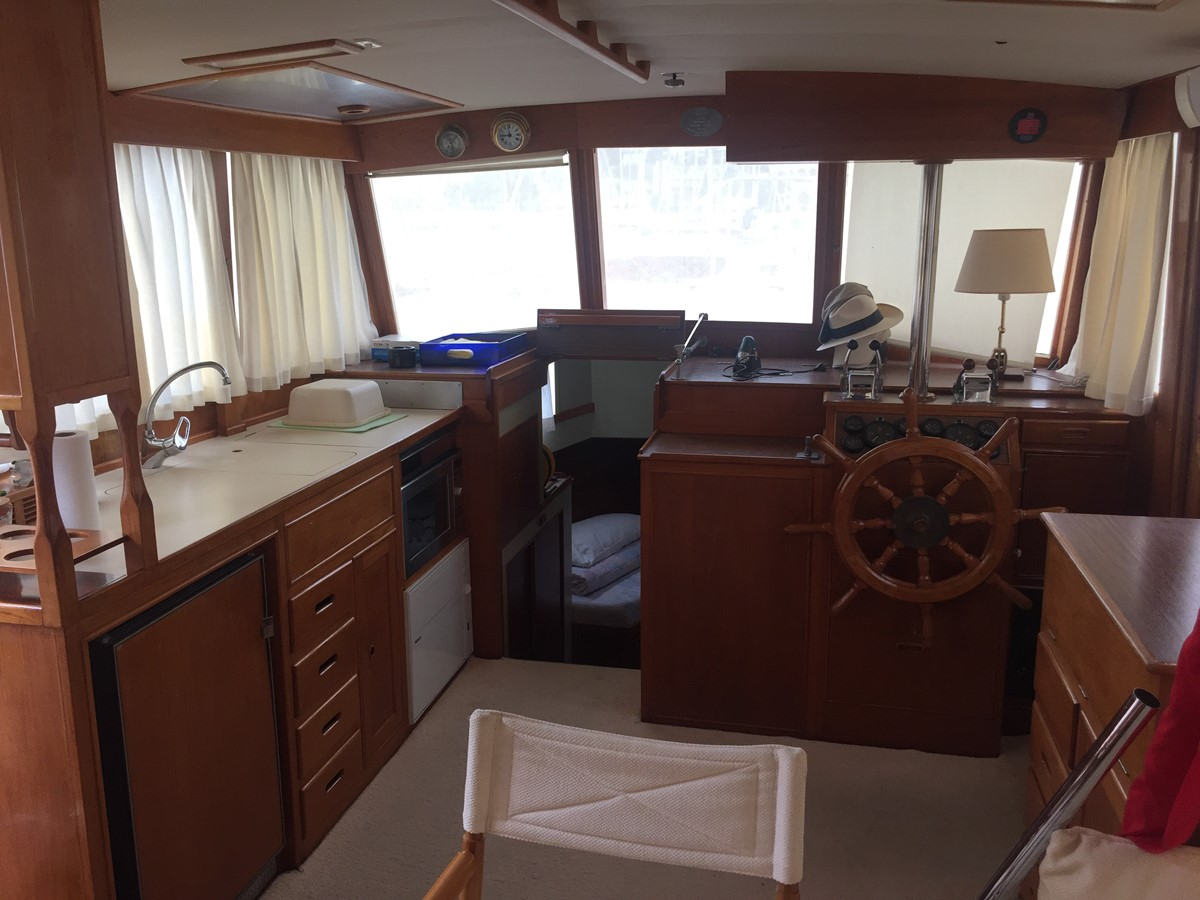 1980 GRAND BANKS 42 Classic Motor Yacht 2608191