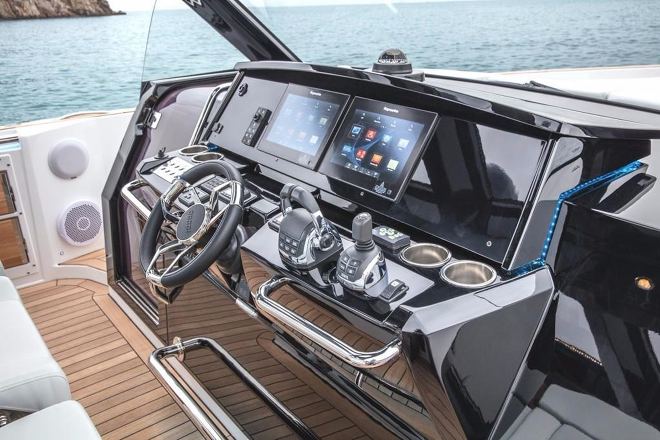 2019 FJORD YACHTS 44 Open Motor Yacht 2608329