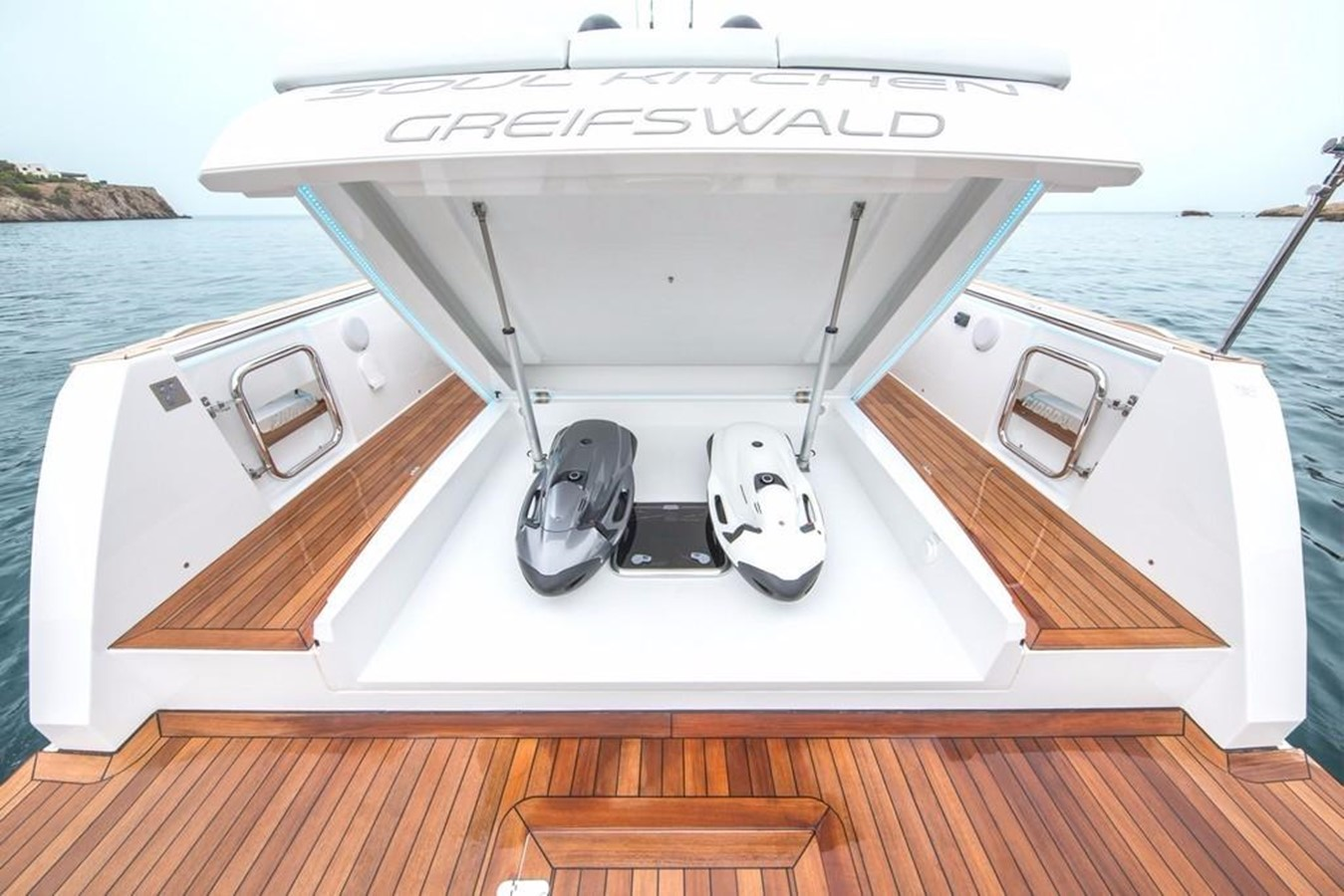 2019 FJORD YACHTS 44 Open Motor Yacht 2608336