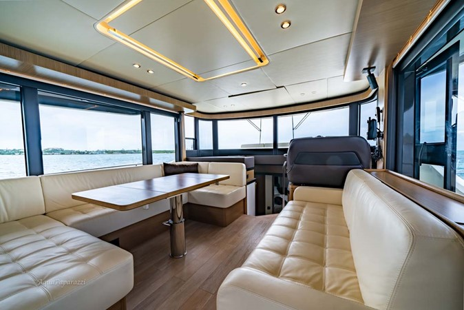 Main Salon 2017 ABSOLUTE 52 Navetta Motor Yacht 2608578