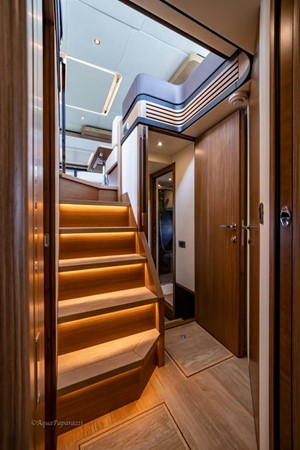 Stairs to Staterooms 2017 ABSOLUTE 52 Navetta Motor Yacht 2608583